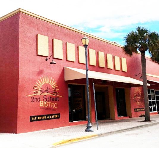 restaurant in historic downtown, FL